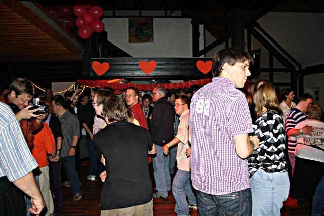 Hof single party